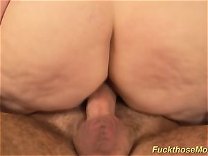 plump fur covered mom gets crazy romped