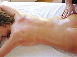 Alexis Adams massage and muff service