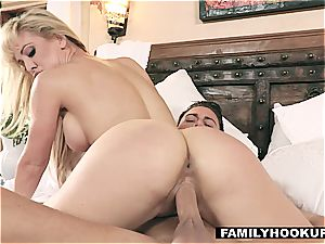 Cherie DeVille is a boner hungry mummy