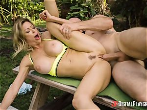 Alexis Fawx hammered outdoors by strung up JMac