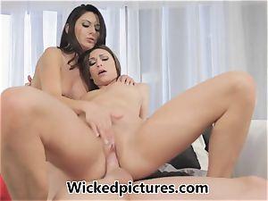 Victoria Lawson and Nikki Daniels in a red-hot fuckshare