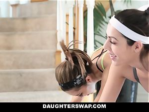 DaughterSwap - red-hot daughters Get stretched