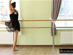 wondrous girl Regina does gymnastic acting