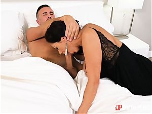 Ava Addams messing around with married hung Keiran Lee