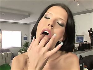 steamy Olga Winter tastes her cunny