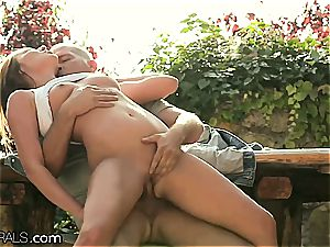 Angel Blade orgasming on spunk-pump