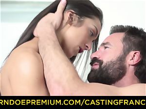 casting FRANCAIS - first-timer beauty humped and jizm coated