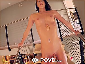 bathing suit clad Lola Hunter wants immense man meat to ride