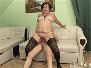 insane mature keeps her stocking on for pummeling