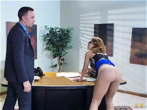 Britney Amber getting screwed in her arse and cunny