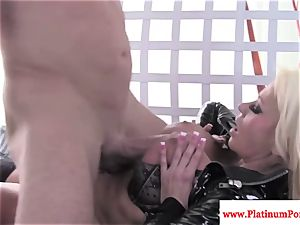 Nikita Von James gets mouthhole of jism after romping