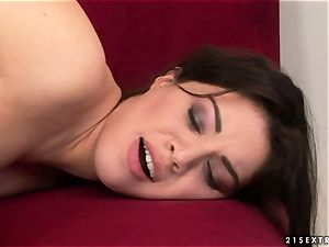 Tiffany dame kissing warm with mature nymph
