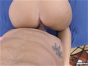 cool blondie likes riding a thick manmeat