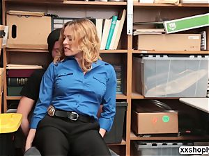 molten light-haired LP Officer Krissy Lynn gets drill by a Shoplifter