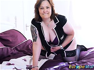 EuropeMaturE busty obese Solo playing masturbation