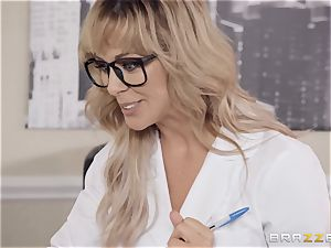 Cherie Deville luvs playing doctor