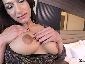 bubble bootie cougar anal invasion boning pov