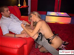 Natalia Starr unclothe down, gargle and smash a humungous shaft