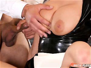 vag bashing the wild fuckfest slave maid Britney Amber