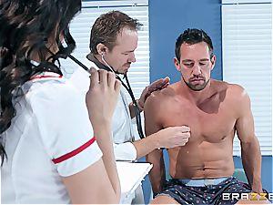 molten latina nurse deepthroating off the surprised patient