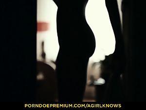 A dame KNOWS - slim Gina Gerson sensual girl/girl fuckfest