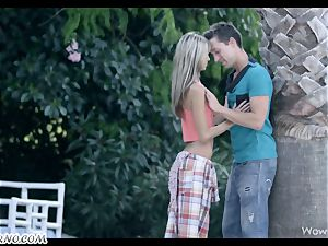 Gina Gerson - Exotic holiday for european students