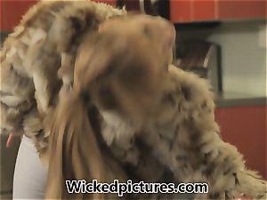 Russian bride Lea Lexus bags herself a hubby