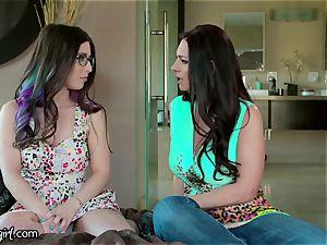 girl-on-girl teen rails Italian Step Mom's Face